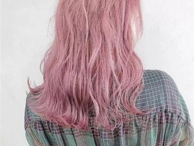 中长水波纹发型 颠覆性感时尚潮流