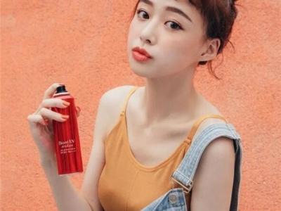 """今年流行""""眉上刘海"""" 减龄短刘海时尚在线"""