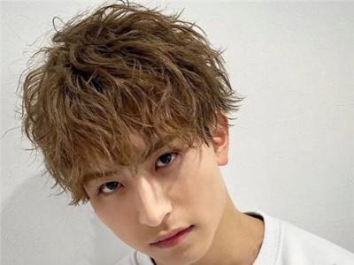 细软发质适合什么发型 力推日系男生空气烫