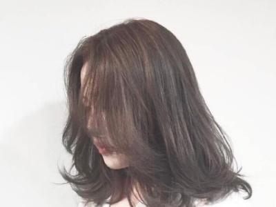 发质粗硬怎么变软 发质粗硬适合烫发吗