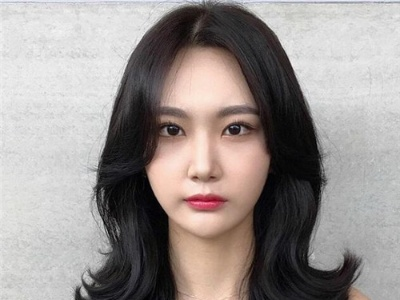 韩式中长外翘发型 温柔知性优雅减龄