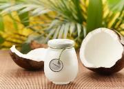 椰子油和橄榄油哪个防脱效果好 椰子油可以去头屑吗