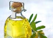 橄榄油怎么护理头发 橄榄油护发方法与注意事项