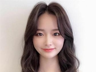 职场女生卷发设计 日系韩系卷一样美