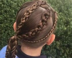 儿童扎发图片大全 小女孩发型绑扎方法示范