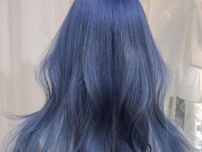 长头发适合染什么发色 潮发色+长卷发轻松打造时髦范