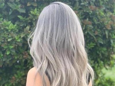 长发适合烫什么卷好看 水波纹发型打造极致浪漫