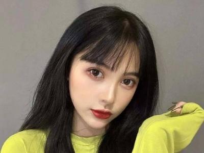 女生刘海怎么剪显脸小 瘦脸神器发型搭配推荐