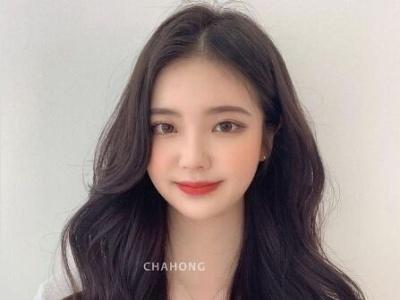 女生刘海类型及适合脸型解析,不管是圆脸、长脸还是方脸都可以找到最显瘦刘海