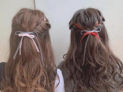 甜美少女风闺蜜扎发推荐 扎个同款发型做最精致的姐妹花