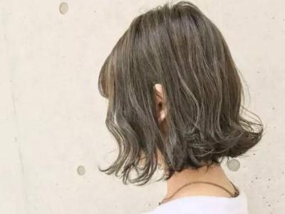 中短发适合烫什么卷 束状感纹理卷显脸小显发量
