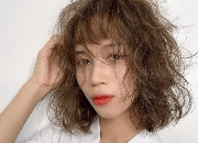 烫后的头发毛躁怎样打理?烫头必备护理技巧搞定受损发质
