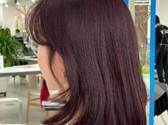 2021流行的红棕发色推荐 不会过于浮夸还能瞬间让肌肤白一个色阶