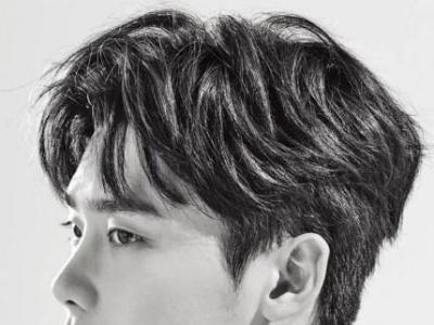 男生干净帅气的短发发型 简单的发型改变瞬间变身时尚