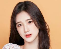 韩式时尚网红卷发 轻熟发型人见人爱