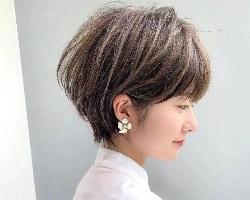 2021流行挂耳短发 女生剪短发可盐可甜