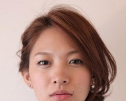 短发适合扎什么发型 短发侧编发教程扎出好气质