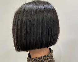 2021流行短直发发型 一刀切设计打造甜酷少女