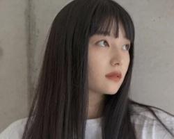 零层次直发发型 《莫测高深一女生》低层次黑发刘海发型超美