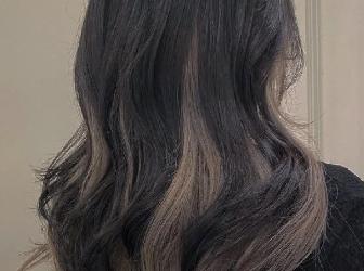 头发流行这样挑染 双层染时尚感爆棚