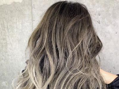 """发量多女生适合的卷发 """"斩男发型""""流行这款"""