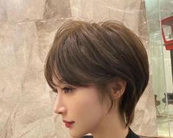 甜酷短发女生最爱 头发短好打理又好看