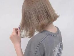 中短发怎么烫 今年流行中短发外翘卷
