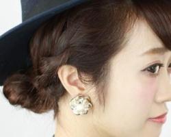 戴帽子如何扎头发 帽子+低发髻时尚简单又好看